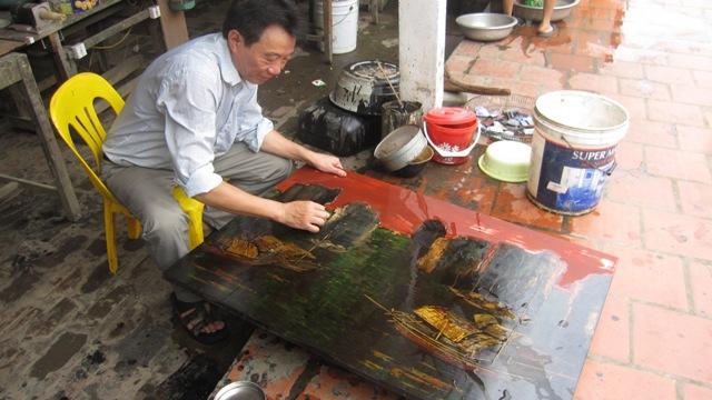 """Báu vật"""" của làng sơn mài Hạ Thái"""