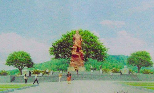 Hà Tĩnh Đúc tượng và khánh thành đền thờ Vua Mai Hắc Đế