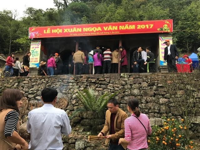 Khai hội Xuân Ngọa Vân năm 2017