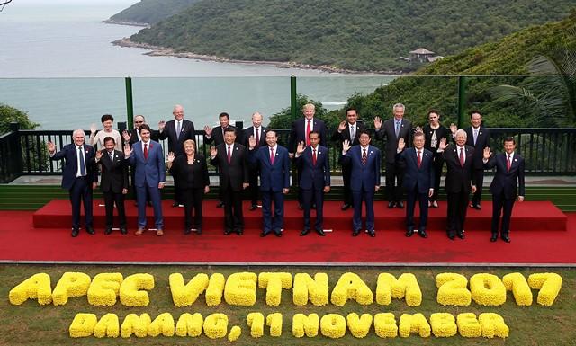 Hội nghị các nhà lãnh đạo kinh tế APEC lần thứ 25 thông qua Tuyên bố Đà Nẵng Tạo động lực mới, cùng vun đắp tương lai chung