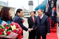 Thủ tướng Nguyễn Xuân Phúc đến Thủ đô Vientiane, Lào