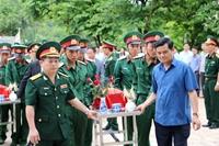 Truy điệu, an táng 25 hài cốt liệt sĩ quân tình nguyện Việt Nam hy sinh tại nước bạn Lào
