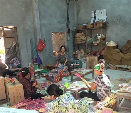 Khởi nghiệp từ 1 triệu đồng, người phụ nữ nông dân trở thành tỷ phú hương nén