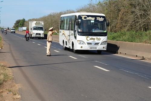Triển khai các giải pháp cấp bách bảo đảm trật tự an toàn giao thông