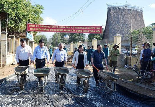 Kon Tum phát động phong trào xây dựng nông thôn mới đầu năm 