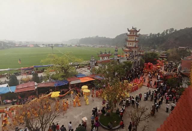 Thực hiện nếp sống văn minh tại các lễ hội, cơ sở thờ tự Phật giáo