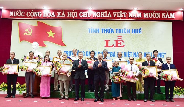 """Thừa Thiên Huế 73 mẹ được truy tặng danh hiệu """"Bà mẹ Việt Nam anh hùng"""" """