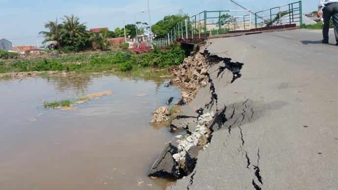 Xây cầu vĩnh cửu thay thế cầu phao Sông Hóa Hải Phòng