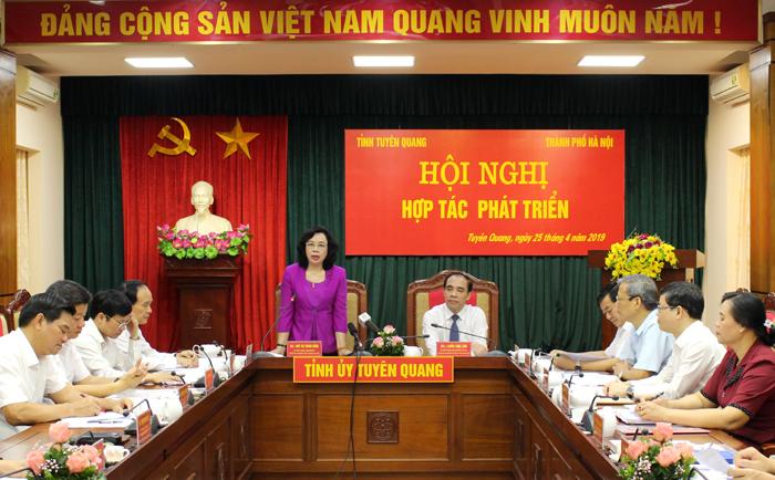 Hà Nội - Tuyên Quang tăng cường hợp tác trên nhiều lĩnh vực