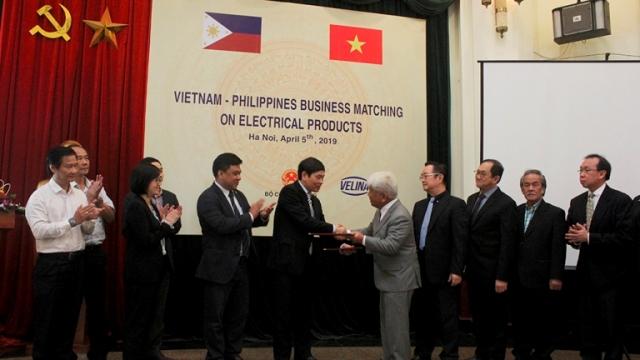 Thúc đẩy giao thương doanh nghiệp Việt Nam – Philippines về mặt hàng máy móc, thiết bị điện