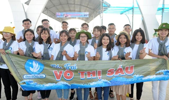 Sinh viên Việt Nam  Tiếp bước những người anh hùng