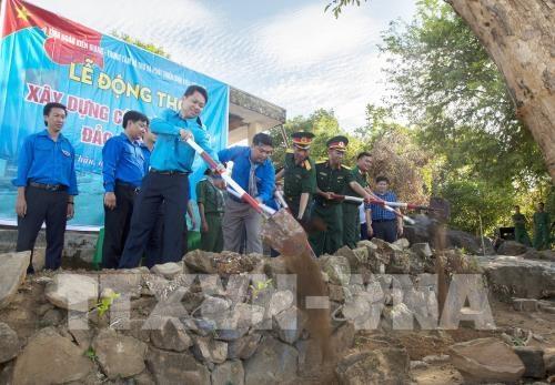 Kiên Giang Xây dựng Cột cờ Tổ quốc trên đảo Thổ Chu