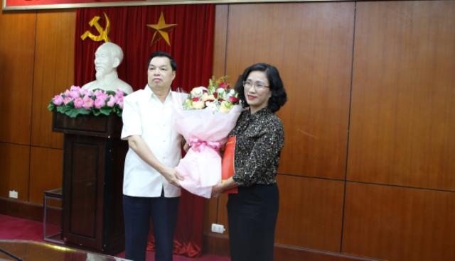 Đồng chí Đinh Thị Mai giữ chức Vụ trưởng Vụ Tuyên truyền Ban Tuyên giáo Trung ương
