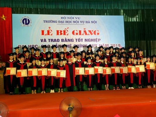 Trường ĐH Nội vụ Hà Nội trao Bằng tốt nghiệp Đại học, Cao đẳng năm 2019