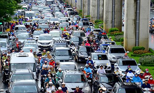 Hà Nội triển khai quyết liệt các giải pháp kéo giảm tai nạn giao thông
