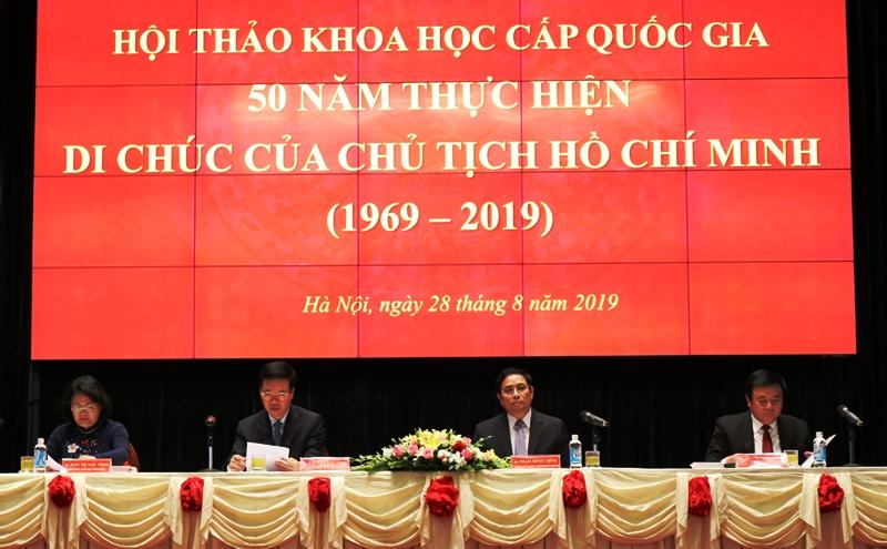 Di chúc của Chủ tịch Hồ Chí Minh - ánh sáng soi đường cho sự nghiệp cách mạng Việt Nam