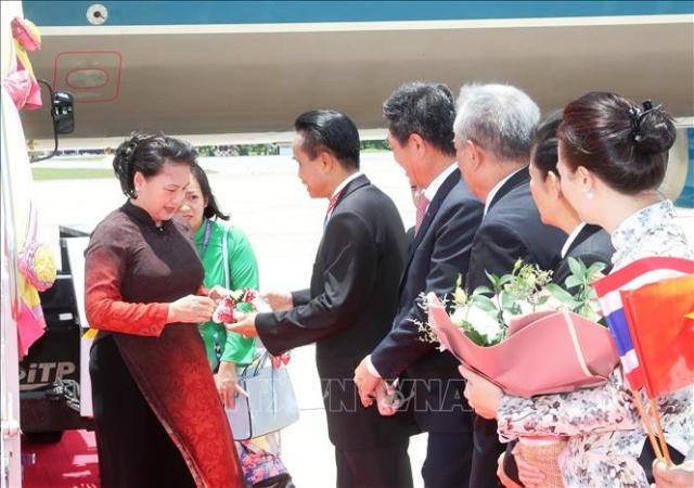 Chủ tịch Quốc hội đến Thái Lan bắt đầu tham dự Đại hội đồng AIPA 40 🎥