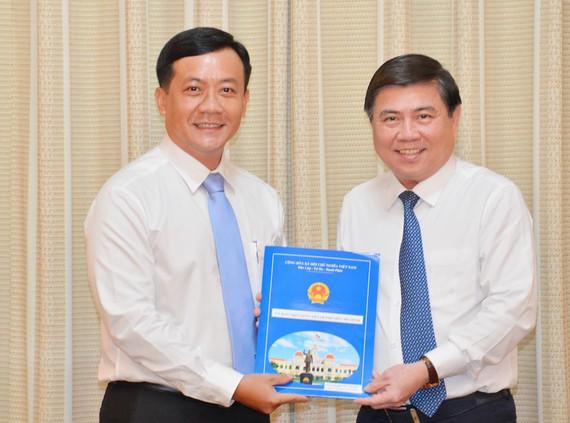 Đồng chí Hà Phước Thắng giữ chức Chánh Văn phòng UBND TP Hồ Chí Minh
