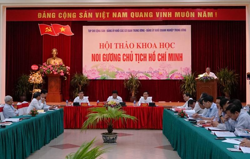 Noi gương Chủ tịch Hồ Chí Minh Học đi đôi với làm theo