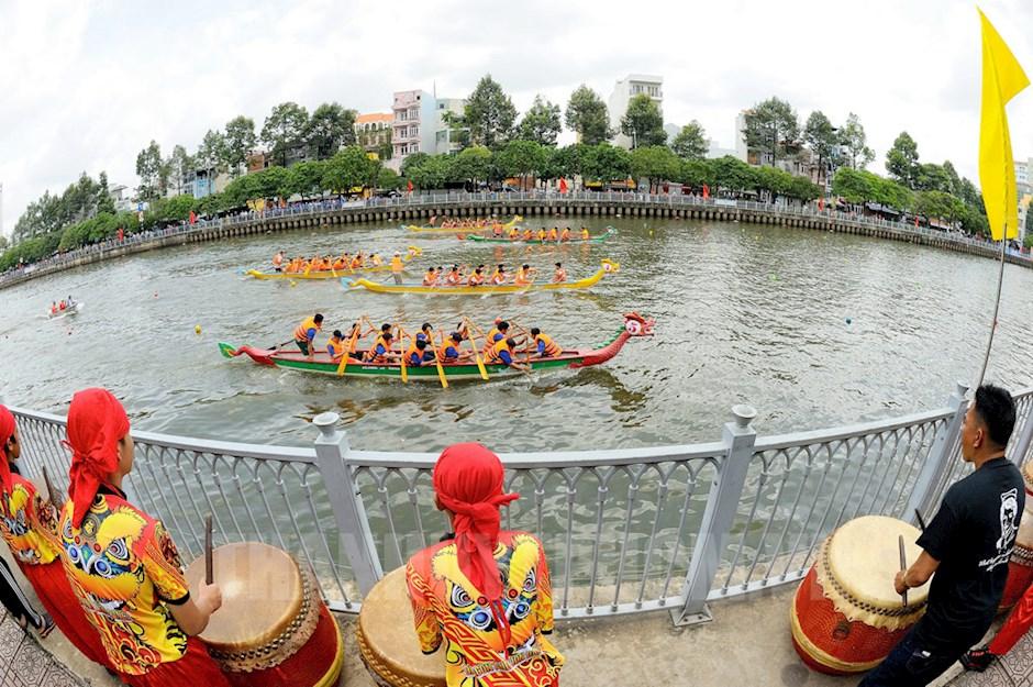Giải đua thuyền mở rộng chào mừng 74 năm Quốc khánh 2 9