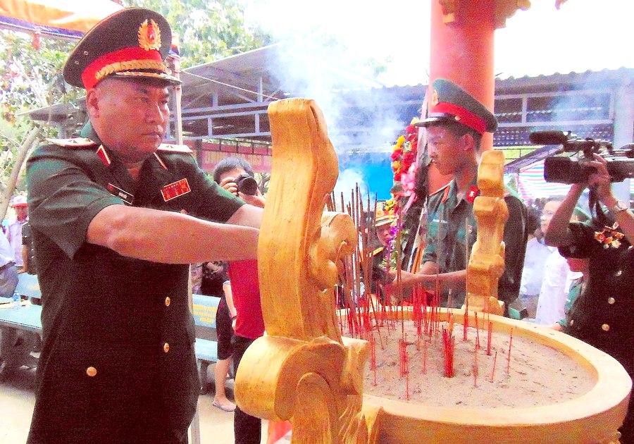 Quảng Nam Khánh thành Nhà bia tưởng niệm anh hùng, liệt sĩ tại Hóc Thượng