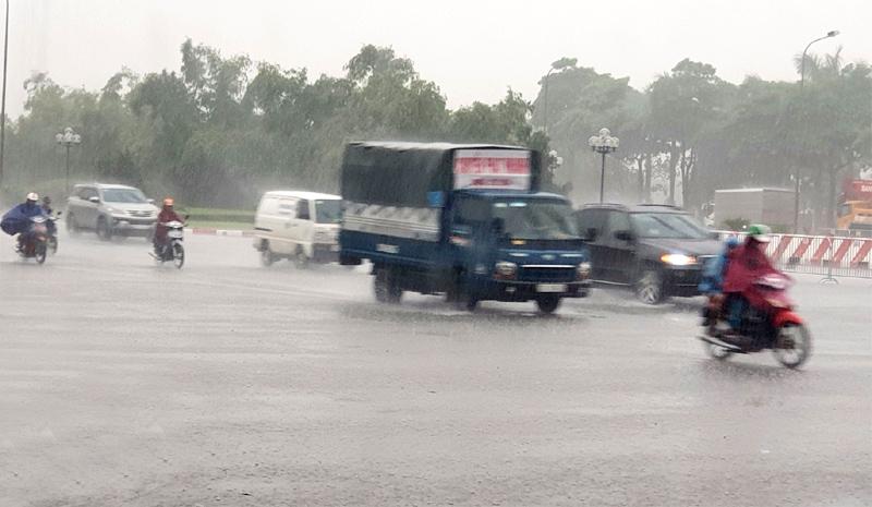 Nhiều tỉnh, thành phố khu vực Bắc Bộ đến Thanh Hoá mưa to, nguy cơ lũ quét, sạt lở đất và ngập úng