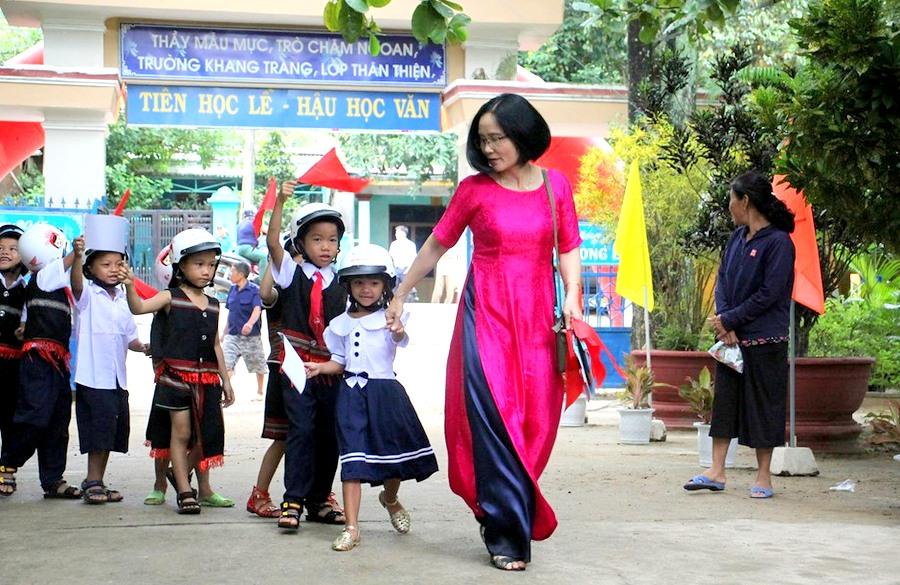 Đà Nẵng Gần 200 000 học sinh bước vào năm học mới