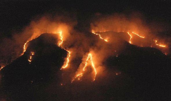 """Thế giới tuần qua """"Nóng"""" cùng rừng Amazon"""