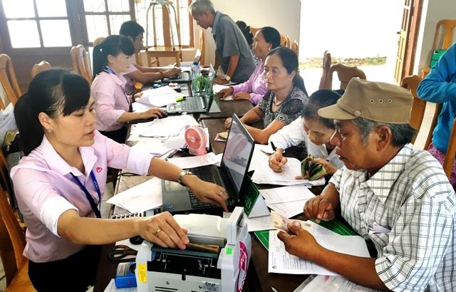 Tạo thuận lợi cho người lao động nghèo vay vốn đi xuất khẩu lao động