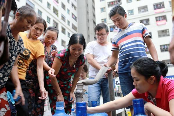 Hà Nội Nhiều khu vực mất nước do sự cố nước sông Đà