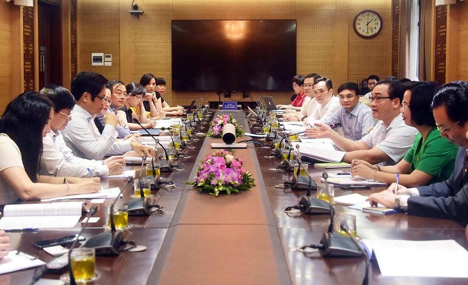 Lấy ý kiến đóng góp cho Dự thảo Bộ luật Lao động sửa đổi