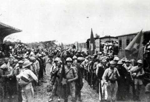 Nhân dân cả nước đấu tranh phản đối quân đội Anh tiếp tay cho quân đội Pháp gây hấn ở Nam Bộ