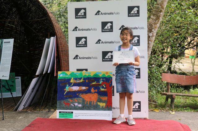 Trao giải thưởng vẽ tranh cổ động tuyên truyền về phúc lợi động vật trong các lễ hội