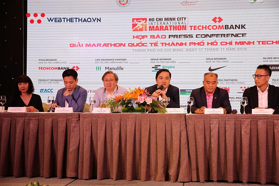 13 000 vận động viên tham dự giải Marathon Quốc tế