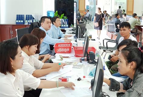 """Thừa Thiên Huế thí điểm """"4 tại chỗ"""" cải cách hành chính công"""