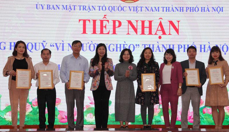 """Hơn 7,8 tỷ đồng ủng hộ Quỹ """"Vì người nghèo"""" TP Hà Nội"""