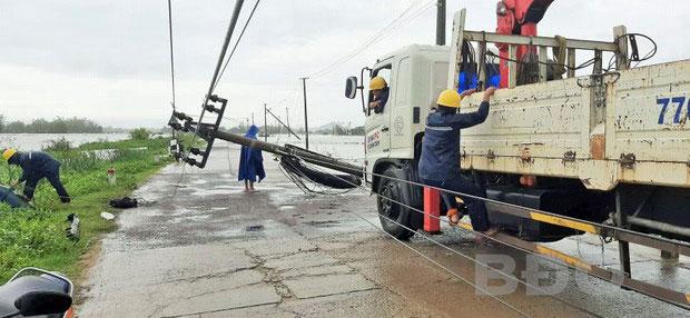Khẩn trương khắc phục hậu quả bão số 5