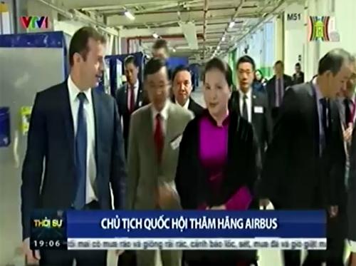 Chủ tịch Quốc hội thăm hãng Airbus