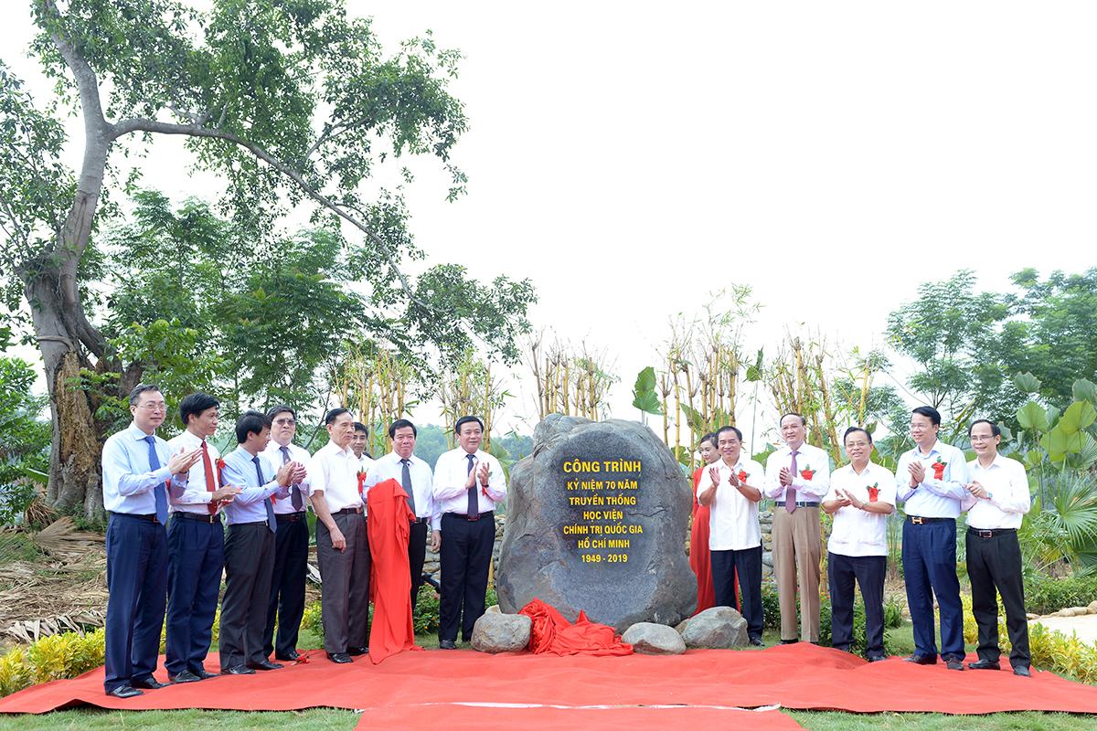 Khánh thành công trình tôn tạo Di tích Trường Đảng Nguyễn Ái Quốc tại Làng Luông, xã Bình Thành Định Hóa , Thái Nguyên