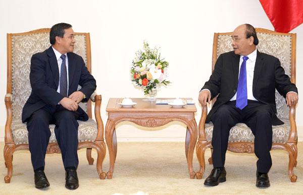 Thủ tướng tiếp Đại sứ Lào