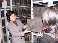 Chuyển giao Bằng di sản tư liệu thế giới của UNESCO dành cho tài liệu Mộc bản triều Nguyễn về Trung tâm Lưu trữ Quốc gia IV