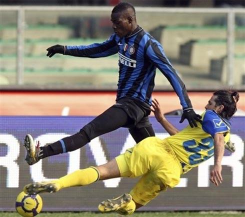 Inter mở hàng suôn sẻ cho năm mới
