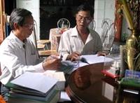 1 000 bài thơ viết thư pháp trên lụa Mã Châu