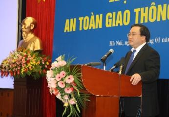 Phó Thủ tướng Hoàng Trung Hải Cần những giải pháp mạnh hơn để đảm bảo an toàn giao thông