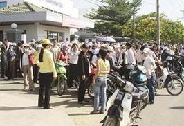 TP Hồ Chí Minh Gần 1 000 người đăng ký hưởng bảo hiểm thất nghiệp