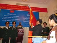 Trao Huân chương Lao động hạng II của CHDCND Lào cho Công ty Trắc địa bản đồ