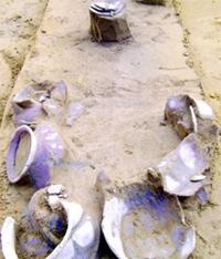 Phát lộ nhiều gốm cổ 2 000 năm tại Phôi Phối - Bãi Cọi