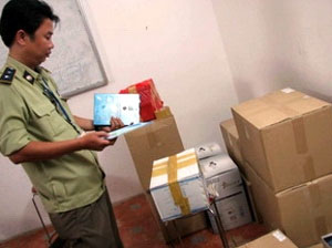 TP Hồ Chí Minh thu nhiều hàng quá hạn, kém chất lượng