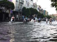 TP Hồ Chí Minh tiếp tục bị ảnh hưởng do triều cường