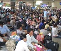 Tình hình xe khách Tết Nguyên đán tại TP HCM Nguy cơ không có vé cho xe tăng cường